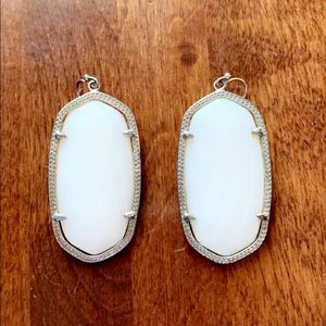 Kendra Scott Jewelry - Kendra Scott Danielle earrings